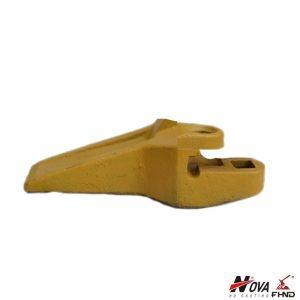 Left-Hand John Deere Std Bolt-On Corner Tip AT121476