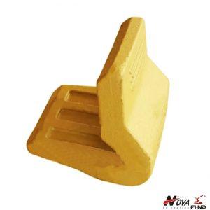 157-1027 Cat Wheel Loader Corner Guard Heel Shroud