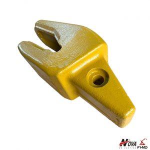 119-8605, 1198605 CAT J600 Wheel Loader Bucket Adaptor RH