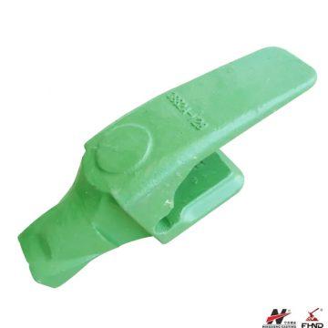 V29-40 / 3882A-V29 Excavator Adapter fits V29syl Super V Teeth